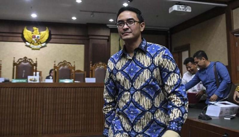 www.nusabali.com-zumi-zola-dituntut-8-tahun-penjara