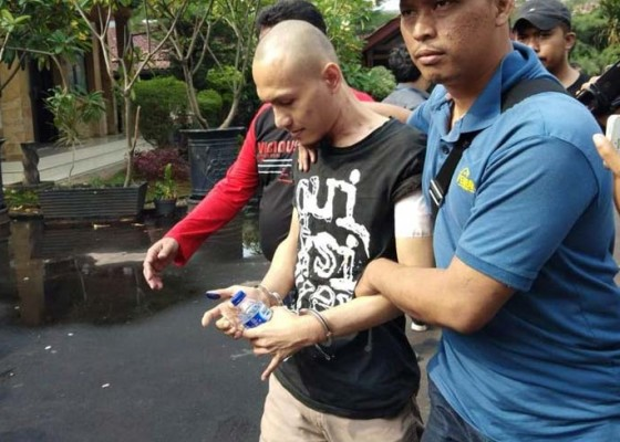 Nusabali.com - motif-pelaku-ingin-ditembak-mati-polisi