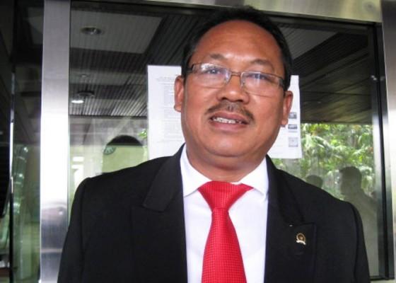 Nusabali.com - pdip-belum-terjunkan-jurkam-khusus