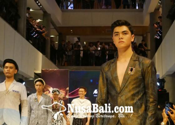 Nusabali.com - denpasar-hype-fashion-week-2018-tawarkan-tren-busana-2019