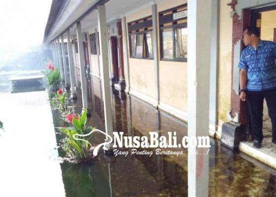 Nusabali.com - sekolah-langganan-banjir-kembali-terancam