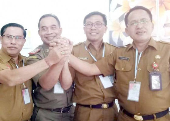 Nusabali.com - empat-calon-sekda-tabanan-jalani-uji-kompetensi
