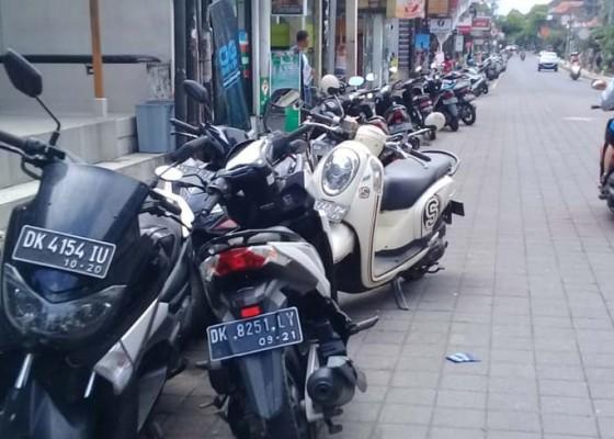 Nusabali.com - parkir-di-ubud-kembali-semraut