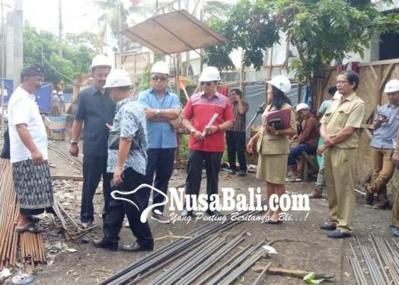 Nusabali.com - dprd-bali-sidak-proyek-gor-debes