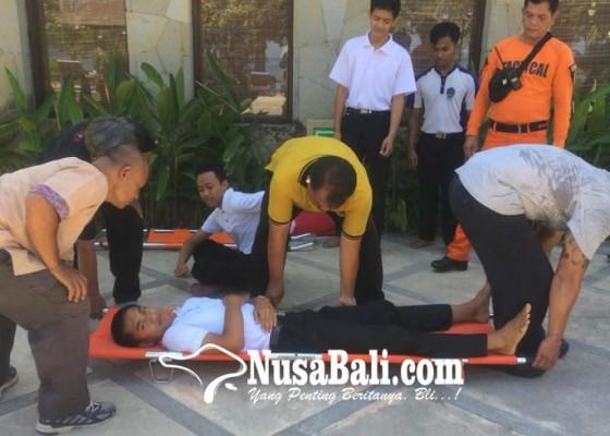 Nusabali.com - karyawan-hotel-dilatih-tangguh-bencana
