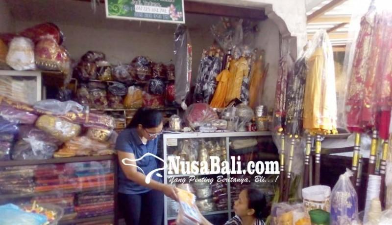 www.nusabali.com-penjualan-ornamen-palinggih-masih-sepi