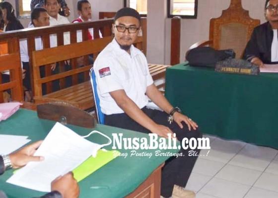 Nusabali.com - pemilik-senjata-dan-bahan-peledak-dituntut-15-tahun
