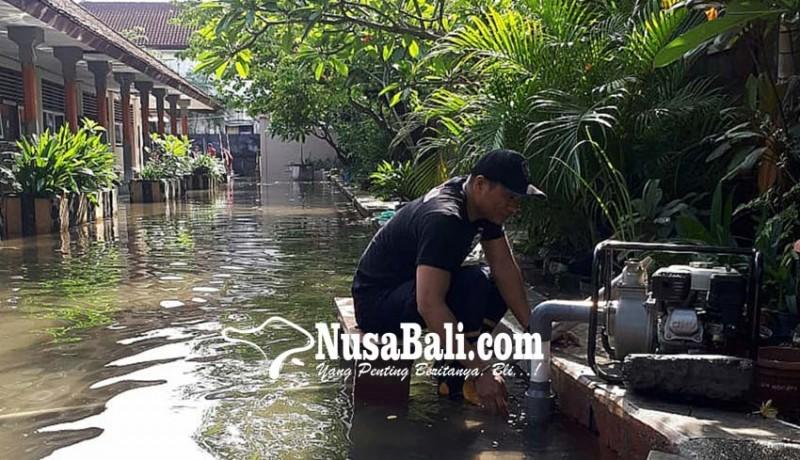 www.nusabali.com-hujan-semalam-8-sekolah-di-denpasar-tenggelam