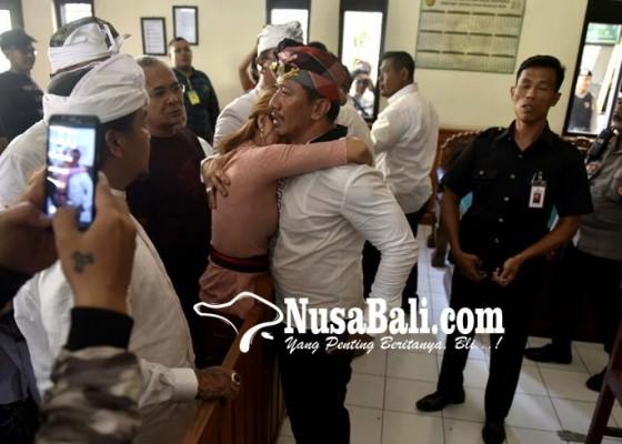Nusabali.com - dakwaan-jaksa-disebut-cacat-dan-kabur