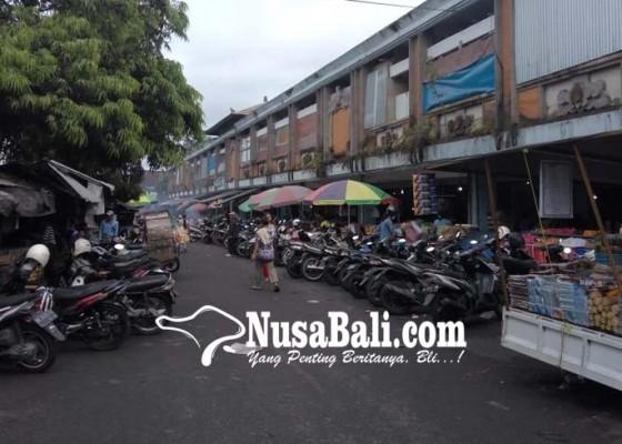 Nusabali.com - pasar-kidul-terkesan-kumuh