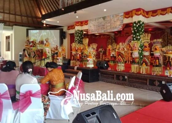 Nusabali.com - banten-gebogan-diimbau-gunakan-buah-lokal