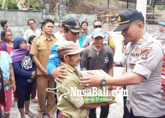 Nusabali.com - polsek-kubu-bantu-293-korban-gempa
