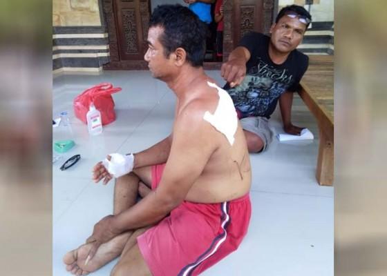 Nusabali.com - caleg-gerindra-ditebas-di-pos-kamling
