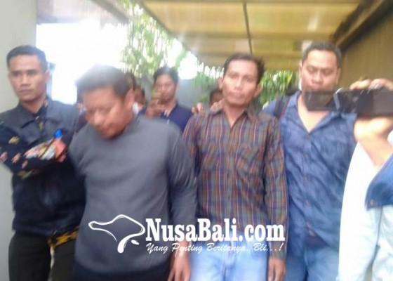 Nusabali.com - dua-perampok-bersenjata-diringkus-warga