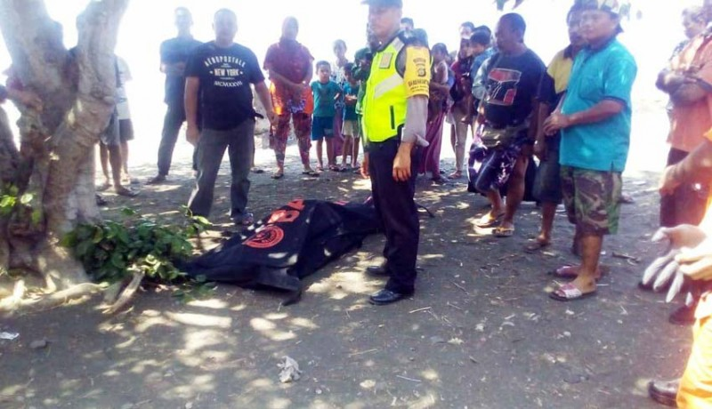 www.nusabali.com-mayat-mr-x-ditemukan-mengambang-di-laut-banyupoh
