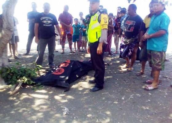 Nusabali.com - mayat-mr-x-ditemukan-mengambang-di-laut-banyupoh