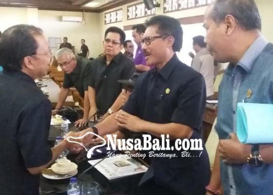 Nusabali.com - rapat-pembahasan-apbd-induk-gaduh-karena-masalah-bansos