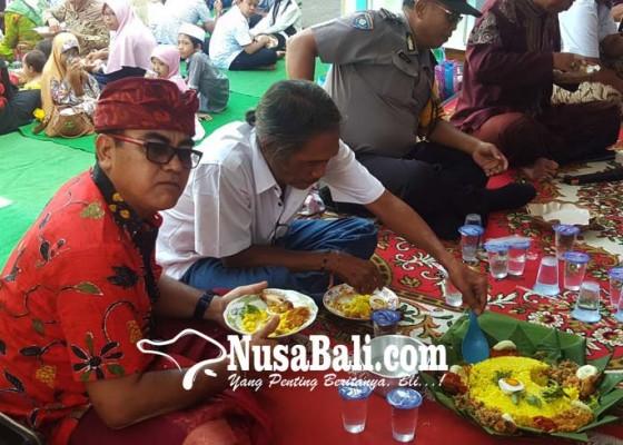 Nusabali.com - tonjolkan-toleransi-makan-bersama-libatkan-non-muslim