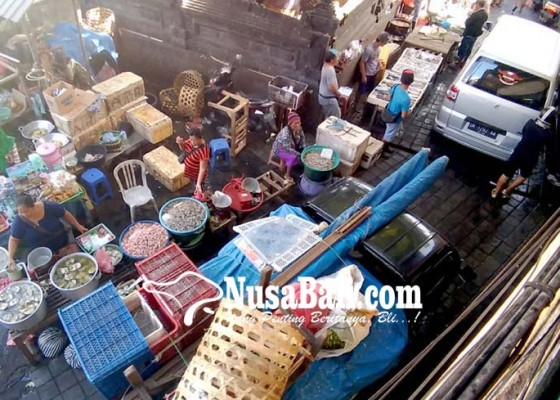 Nusabali.com - sebagian-pedagang-menolak-relokasi-pada-desember