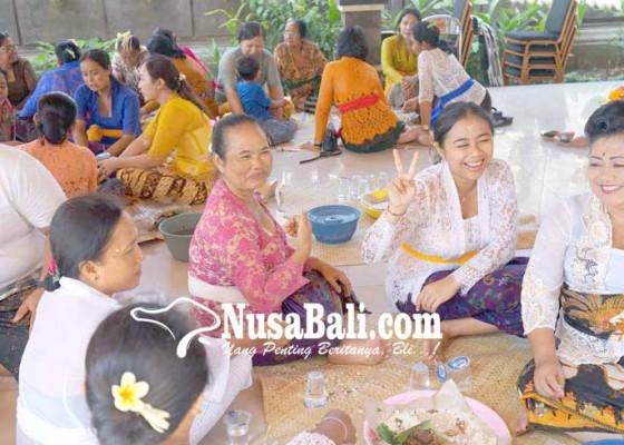 Nusabali.com - suami-maoton-bupati-pimpin-magibung