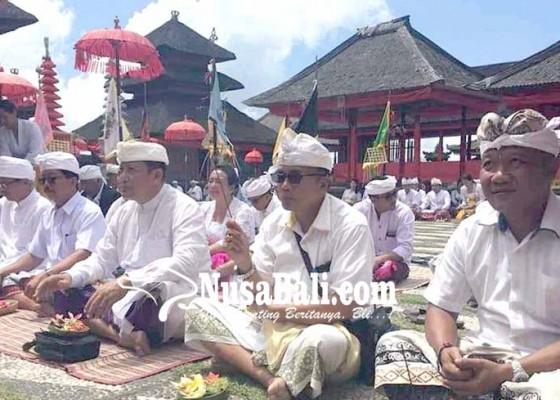 Nusabali.com - pujawali-di-kiduling-besakih