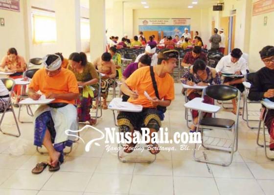 Nusabali.com - rsj-gelar-lomba-menyalin-aksara-bali