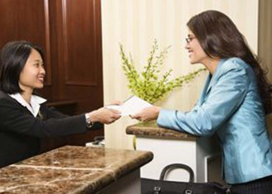 Nusabali.com - tantangan-receptionist-makin-kompleks