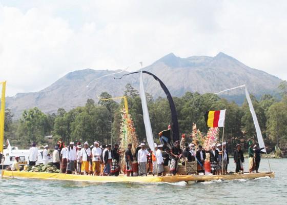 Nusabali.com - ritus-penguatan-mata-air-bali