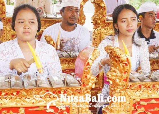 Nusabali.com - perkuat-seni-dengan-jiwa-teruni-bali