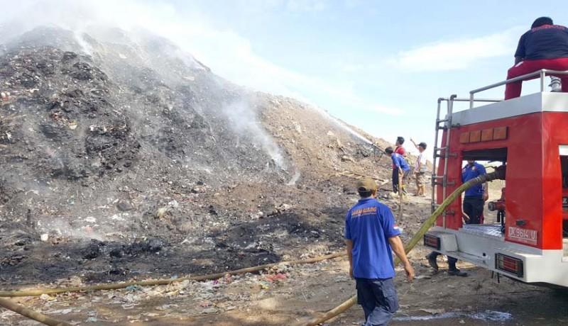 www.nusabali.com-gunung-sampah-tpa-bengkala-terbakar