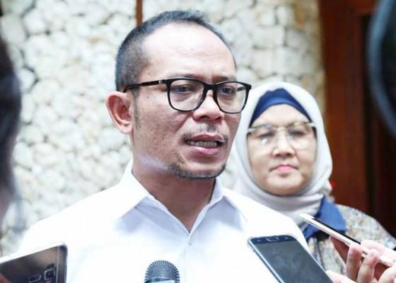 Nusabali.com - lulusan-sd-smp-dominasi-angkatan-kerja-indonesia