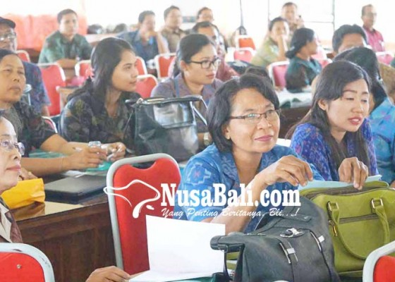 Nusabali.com - pelatihan-kurikulum-guru-sd-kelas-ii-berbasis-literasi