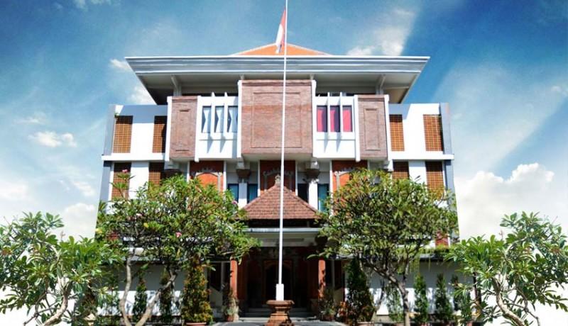www.nusabali.com-polisi-cari-dalang-persekusi-di-yayasan-dwijendra