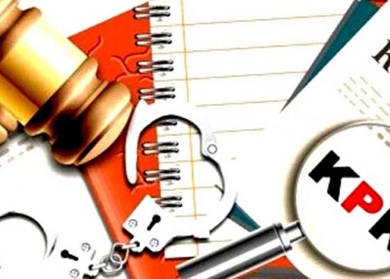 Nusabali.com - 2-hakim-ott-diberhentikan-sementara