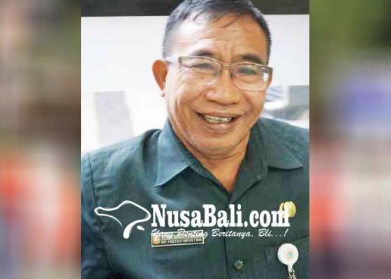 Nusabali.com - disnaker-batalkan-keberangkatan-transmigran