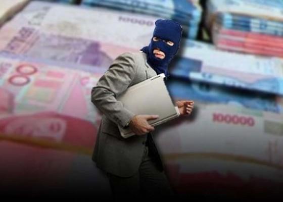 Nusabali.com - gelapkan-uang-tagihan-sales-diamankan