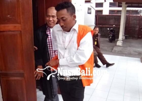 Nusabali.com - pemilik-5-kg-ganja-dituntut-14-tahun
