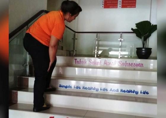 Nusabali.com - ada-tangga-berbisik-di-rsud-mangusada
