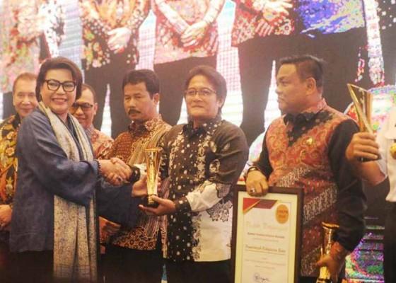 Nusabali.com - pemkab-badung-raih-penghargaan-dari-kpk