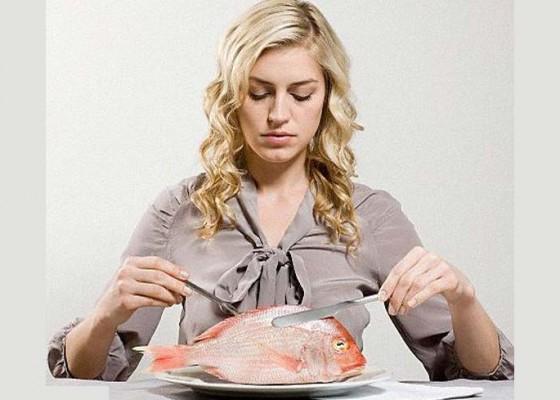 Nusabali.com - kesehatan-membiasakan-makan-ikan