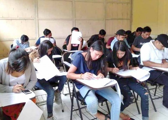 Nusabali.com - program-kesetaraan-tuntaskan-ulangan-semester-i
