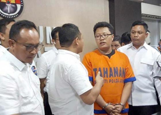 Nusabali.com - mahasiswa-s2-jurusan-hi-unair-ditangkap