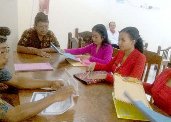 Nusabali.com - 4-pelamar-guru-ajukan-sertifikat-pendidik