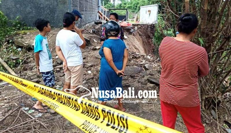 www.nusabali.com-tukad-tiyis-dihuni-gamang-hingga-kuntilanak