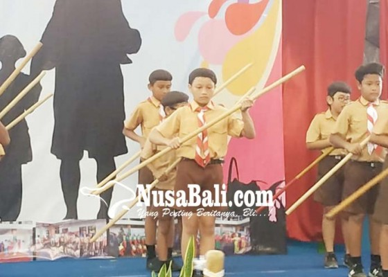 Nusabali.com - pendidikan-keluarga-bantu-pengembangan-diri-siswa
