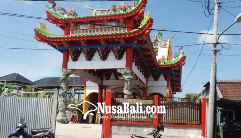 www.nusabali.com-tak-kantongi-imb-kelenteng-megah-disegel