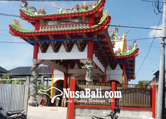 Nusabali.com - tak-kantongi-imb-kelenteng-megah-disegel