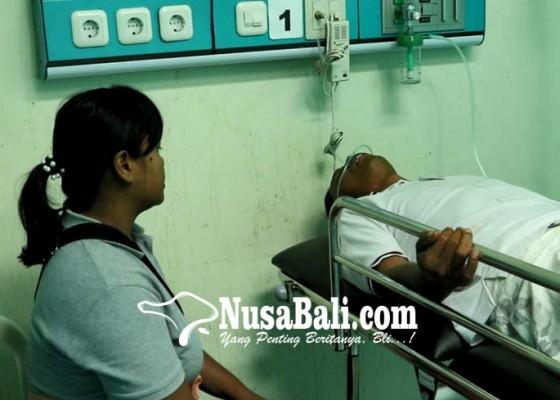 Nusabali.com - perbekel-jinengdalem-diduga-keracunan