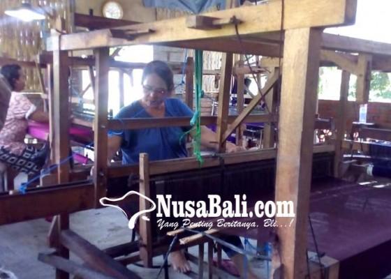 Nusabali.com - pasar-bagus-perajin-kain-endek-menyusut