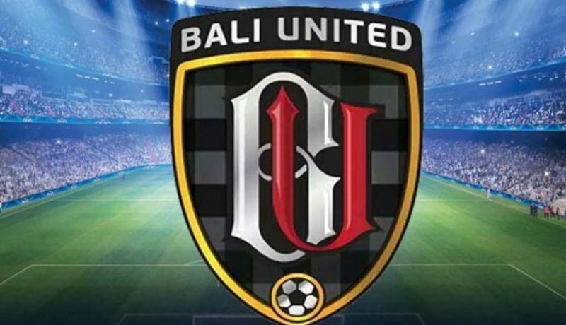 www.nusabali.com-bali-united-u-16-raih-dua-penghargaan